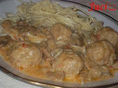 Hozzávalók: a gombócokhoz: 300 g darált disznóhús, 1 tojás, 2-3 evk. zsemlemorzsa, só, bors, esetleg egy kis ételízesítő. Továbbá egy doboz gomba,...