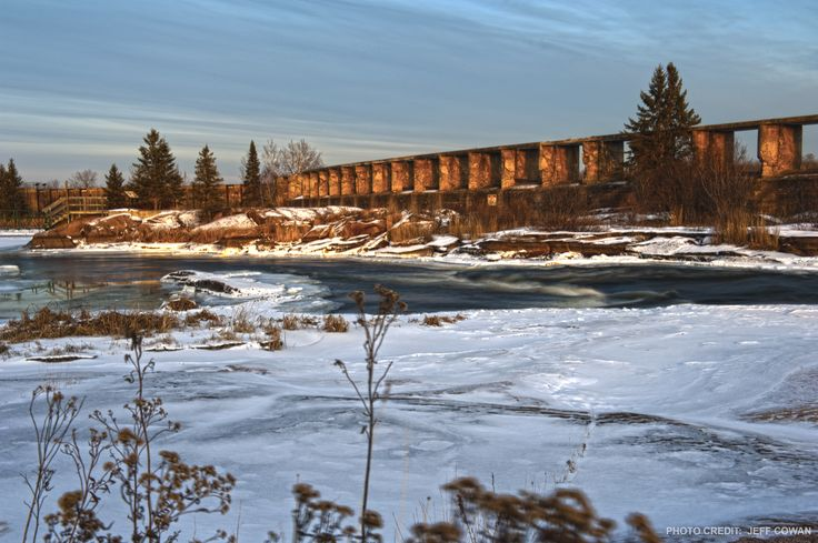 Pinawa Dam Heritage Site is a destination for day-trippers, paddlers and hikers.