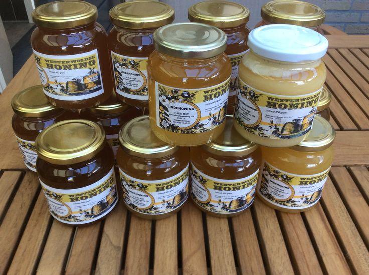 In de natuurvoeding worden geraffineerde suikers bij voorkeur niet gebruikt. Meer natuurlijke zoetmiddelen bevatten meer oorspronkelijke voedingsstoffen van de plant. Ook voor deze suikers geldt dat gebruik met mate de voorkeur verdient:  agavestroop, gemaakt van de Mexicaanse agaveplant ahornstroop, gemaakt van de ahornboom, een variant van de esdoorn. cichorei, gemaakt van de wortel van de cichoreiplant. dadelstroop, van dadels natuurlijk. honing oerzoet: Ga voor meer info naar de site.