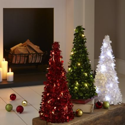 Would a pre-lit tinsel table top tree give your home that Christmas feeling? #Festive #Trees