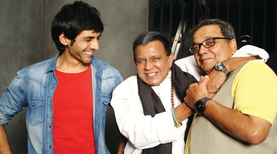 Kartik Tiwari, Mithun Da and Subhash Ghai on the sets of Kaanchi!