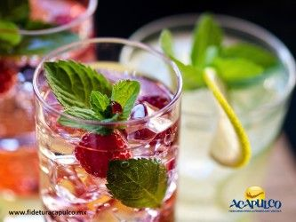 #antrosdemexico En Sí Señor de Acapulco encontrarás las bebidas más refrescantes. ANTROS DE MÉXICO. Si tu plan de noche es algo más relajado pero no menos divertido, debes visitar Sí Señor en Acapulco, ya que es un lugar donde disfrutarás de una excelente vista, así como de deliciosas bebidas que te mantendrán fresco toda la noche. Obtén más información en la página oficial de Fidetur Acapulco.