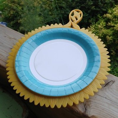 Vintage Paper Plate Holders Plate-Mate 4 Yellow or Gold Sunflowers