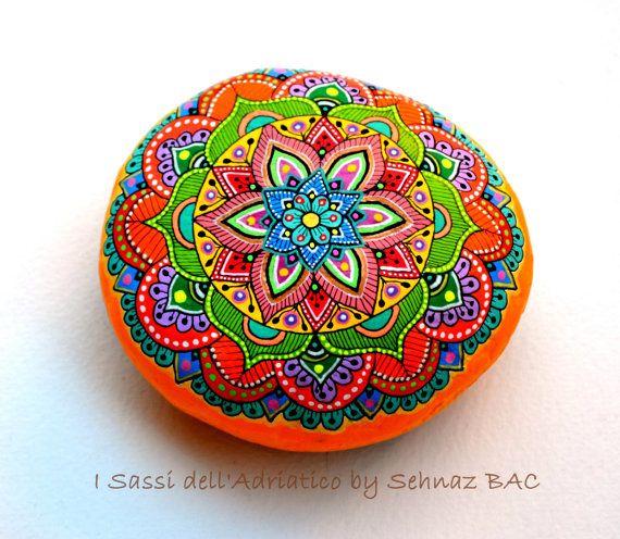 I Sassi dell'Adriatico - Hand Painted Stone (Adriatic Sea) Mandala