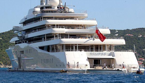 Eclipse – $1.5 billions Le propriétaire de l'Eclipse n'est autre que le milliardaire russe Roman Abramovich