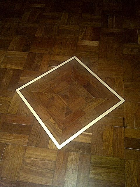 Recycled parquet blocks with a diamond Beech inlay