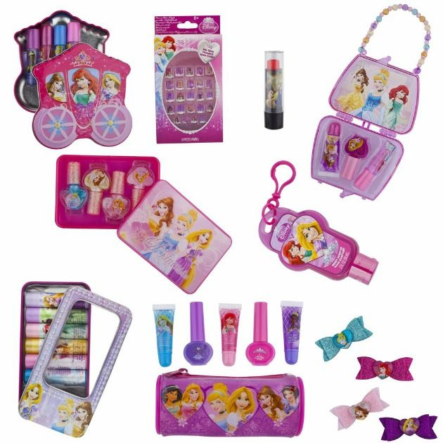 If your little girl is developing an interest in makeup, you may want to consider some adorable little girls makeup kits from Townleygirl.