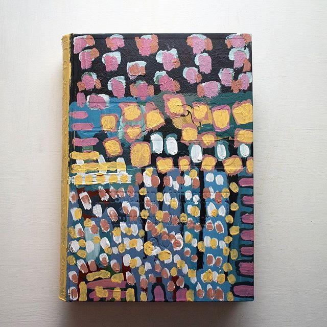 Front.  #artistbook #artist #art #contemporary #contemporaryart #instagallery #kunst #arte #konst #sketchbook #book #painting #illustration #doodle #weird #modernart #lowbrow #lowbrowart #instaart #instaartist #artoninstagram #painting #acrylic #artoftheday #dots #sweden