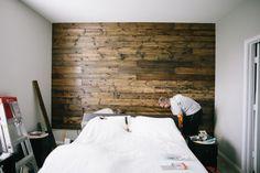 Mira cómo se hace un muro de madera con ese poderoso tutorial – manos a la obra