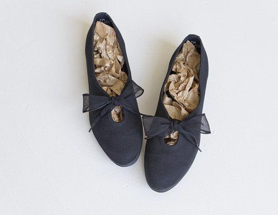 black keds essentials / ribbon laces keds / black canvas flats / black ballet flats / lace up flats / 7.5