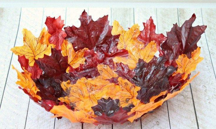 bricolage facile de décoration: bol en feuilles automnales