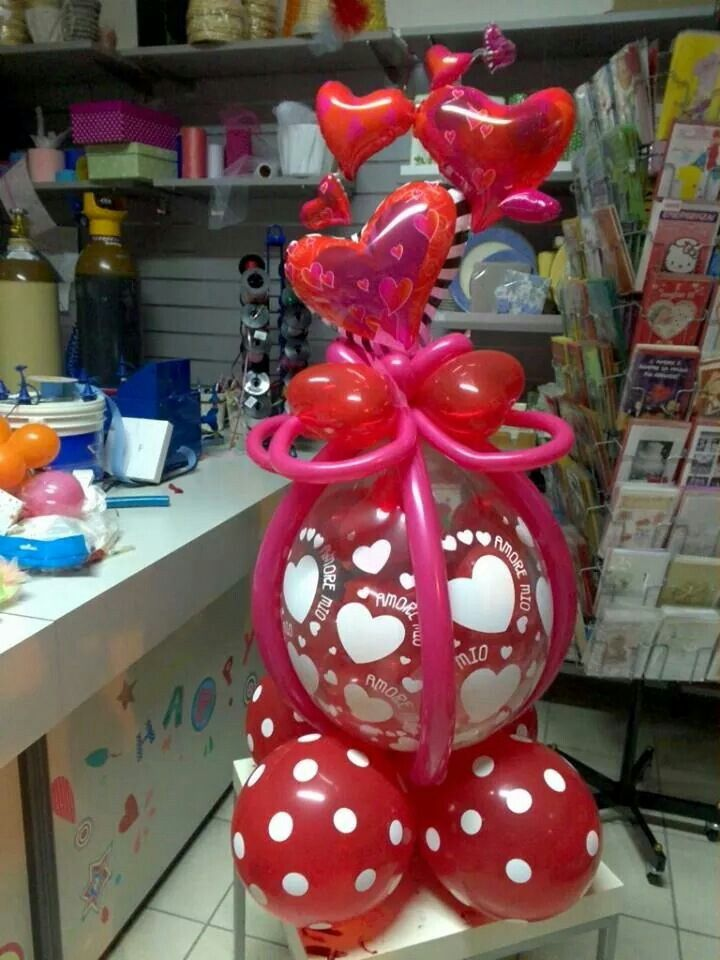 293 best balloon valentine figures decorations images on for Balloon decoration for valentines day