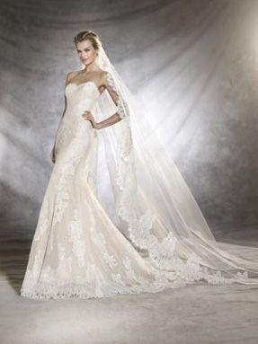 Svatební šaty Pronovias 2017 ve svatebním domě NUANCE. Model Orlan.