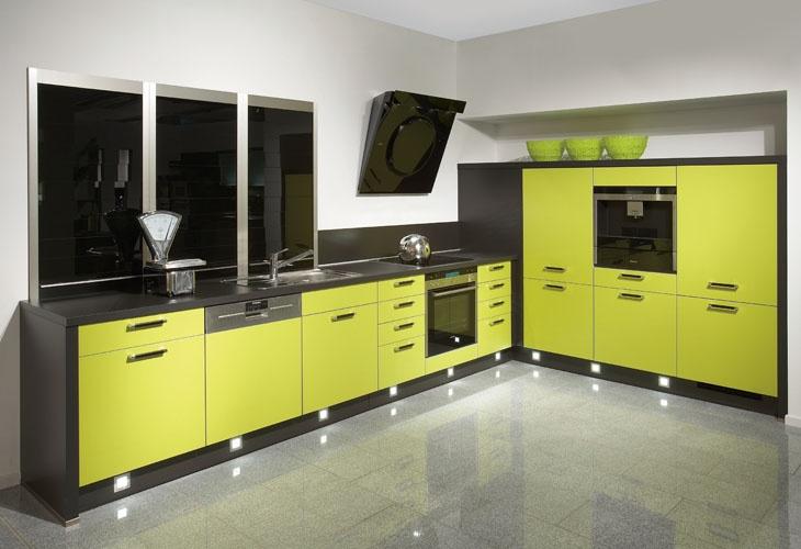 Küche in Gelb Eckküche kuechen
