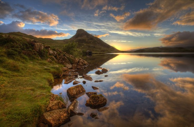 'Craegennan Lakes Early Start' hdr