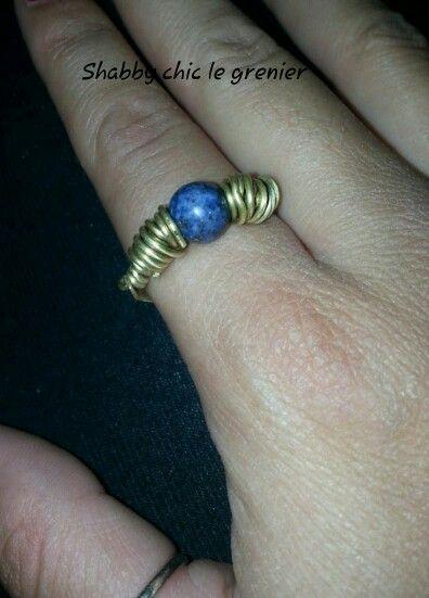 Handmade brass ring with lapis lazuli stones. Anello in ottone e pietra lapislazzuli, realizzato a mano. https://m.facebook.com/profile.php?id=675772772446917
