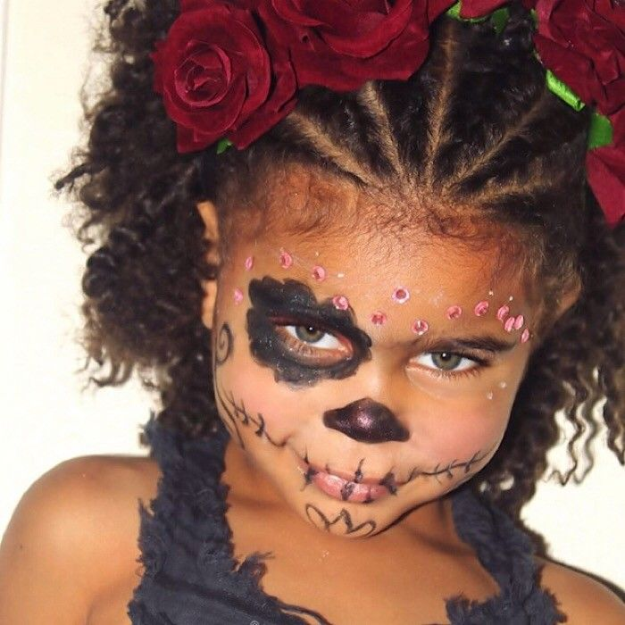 The Elaborately Decorated Sugar Skulls Of Dia De Los Muertos Have Nothing On This Candy Skull Cutie Curly Kids Kids Hairstyles Candy Skull Makeup