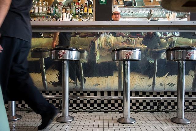 Fuente de Sodas - Soda Fountain by Maria Sciandra, via Flickr