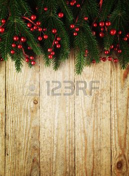 sapin decoration noel: Christmas fir tree with decoration on a wooden board. Banque d