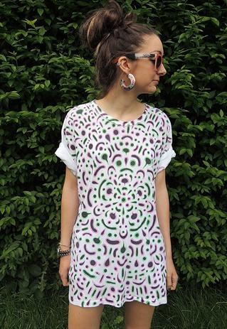 White Tribal Aztec print Tshirt