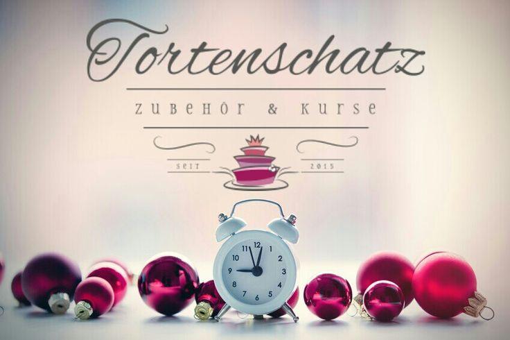 #Weihnachten #Zeitrennt #cakedesign #torte #backen #kuchen #tortenshop #tortenschatz #tortendesign #picoftheday #photooftheday #fondant #sale #christmas #gutschein #wunschliste #geschenkidee