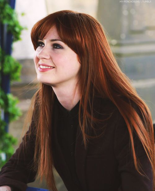 Karen Gillan Jane Lockhart (Not Another Happy Ending)