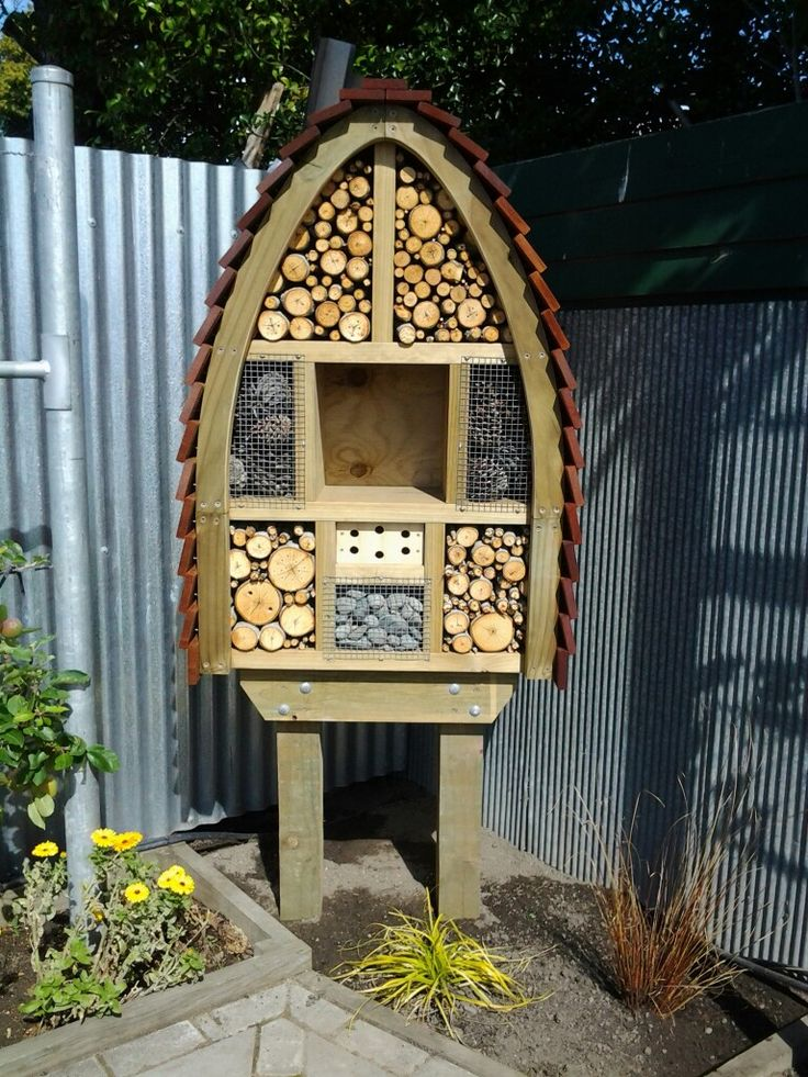My Insect Hotel in Rangiora, New Zealand 5
