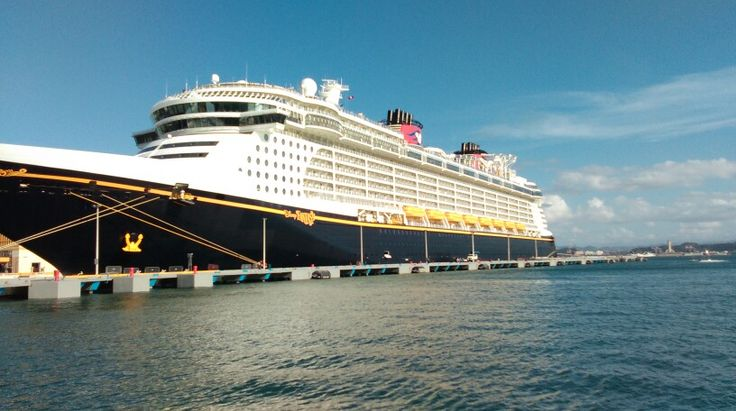 Real disney fantasie cruser in puerto rico i love it