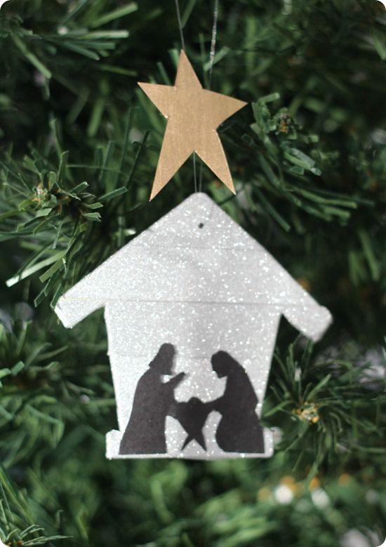 DIY nativity silhouette ornament  - so simple, perfect for a kids craft