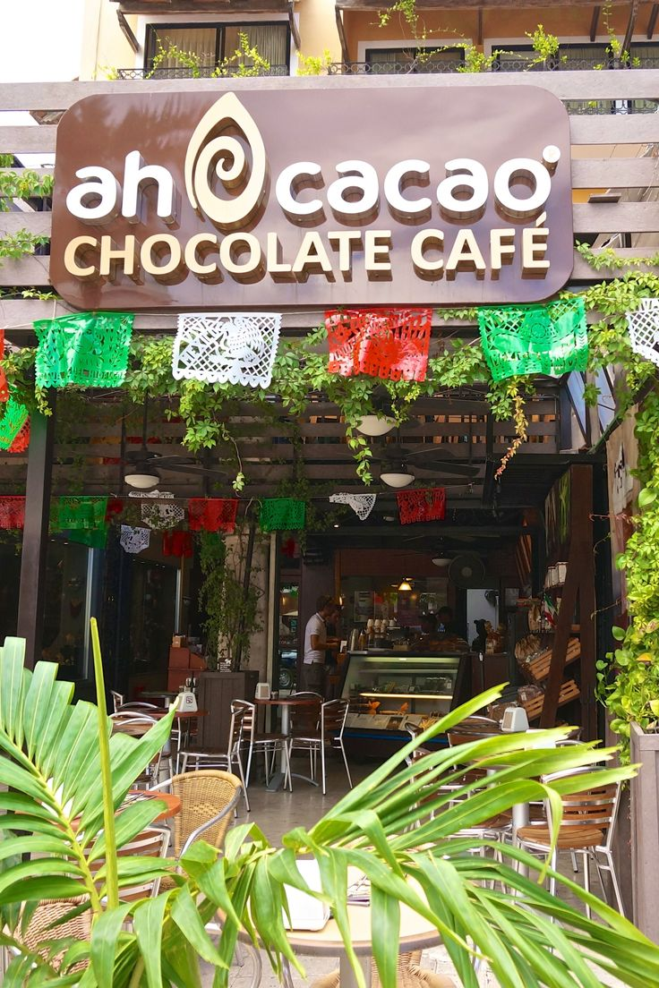 This chocolate cafe in Playa del Carmen, Mexico is a great place to go for Mexican chocolate drinks and coffees (we loved the slushy ice chocolate drinks on a sweltering afternoon).