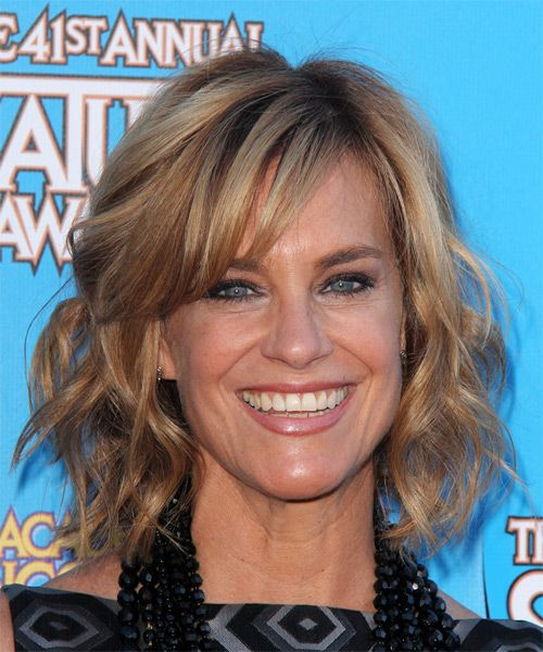 Catherine Mary Stewart looks beautiful here in a wavy bob with a sexy side swept fringe. Description from thehairstyler.com. I searched…