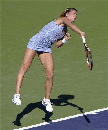 テニスのBNPパリバ・オープン3回戦で、前年覇者のマリア・シャラポワを破る金星を挙げたカミラ・ジョルジ。22歳。シャラポワに負けない美貌からも、今後が期待されるスター候補の1人だ(AP) ▼23Mar2014産経新聞 テニス界の美しきホープは金星挙げる実力派 http://sankei.jp.msn.com/sports/news/140320/oth14032016120008-n1.htm #Camila_Giorgi
