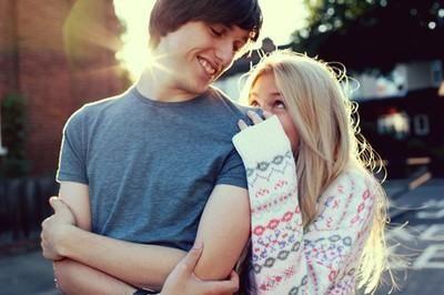 Никогда не бросай того, кто тебя любит ради того кто нравится, потому что однажды тот, кто тебе нравится, бросит тебя ради того, кого любит.  ❤️