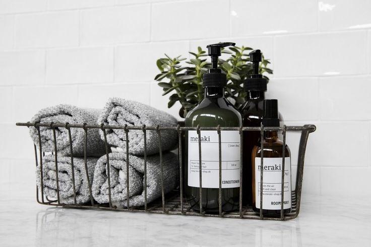 Lækre bløde håndklæder fra meraki - Meleret grå/hvid