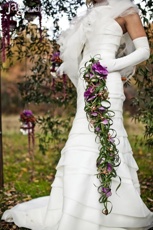 bridal bouquets contemporary wedding flowers
