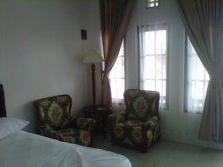 Gedung Mutiara Resto dan Karaoke | Hotel di Garut | HdG Team