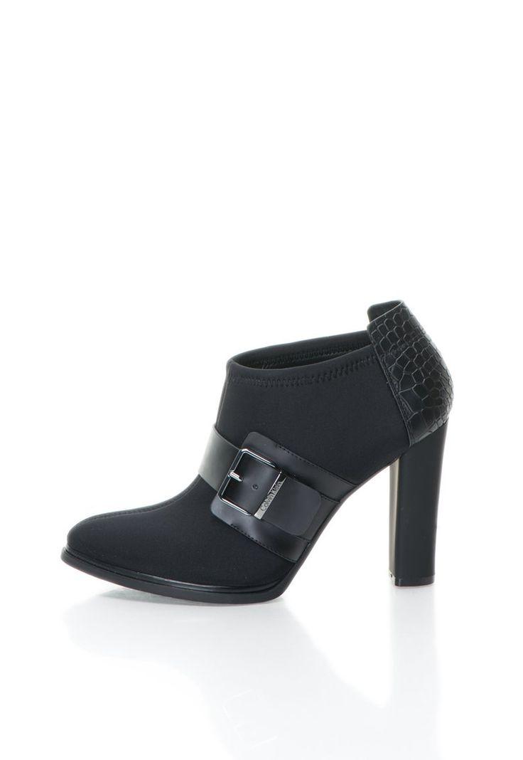 Jovanna Fekete Bokacsizma Neoprén Részletekkel a Calvin Klein márkától és további hasonló termékek a Fashion Days oldalán