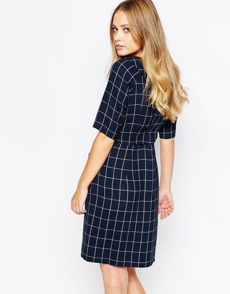 Изображение 2 из Цельнокройное клетчатое платье в стиле 60-х Whistles