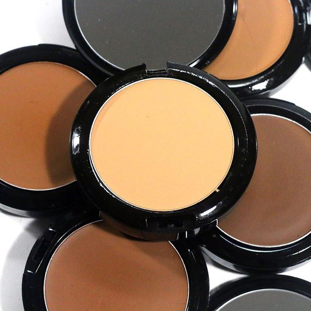 IMAN Luxury Pressed Powder, Five shades for every skin tone – IMAN Cosmetics UK