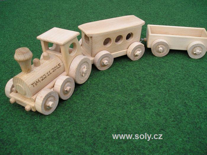 Dřevěné hračky vláček