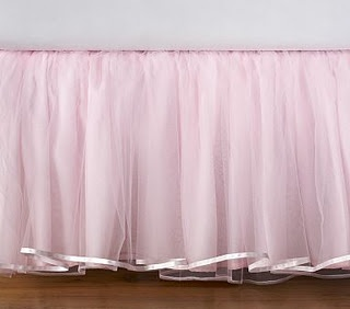 Tutu bedskirt DIY...I am def. doing this! Me, you, Jose and tulle for our princesses @krista loyd