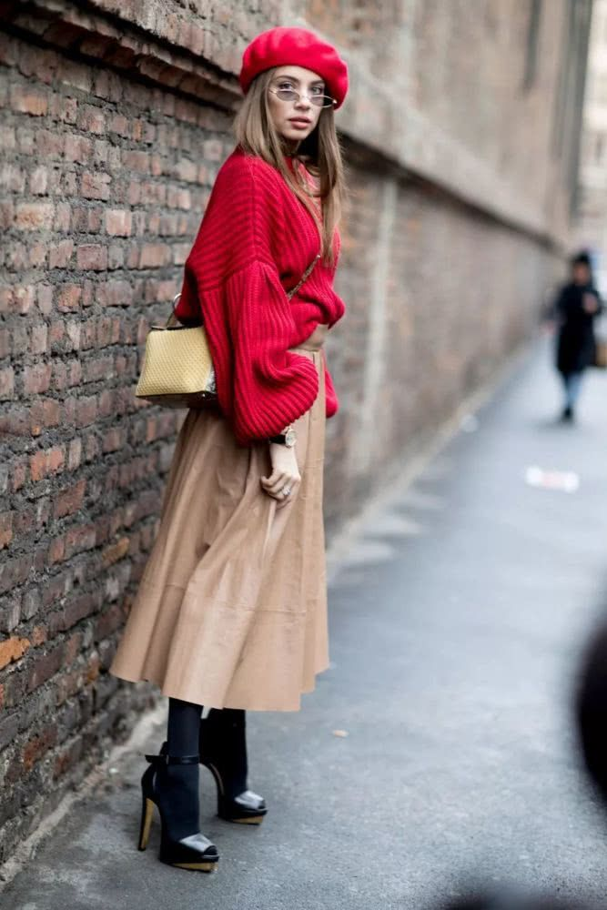 Big sweater + half skirt, is the most fashionable mix of autumn and winter - Page 7 of 32