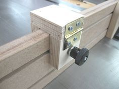 A $100 Miter Gauge for $1 - by Bricofleur @ LumberJocks.com ~ woodworking community