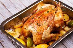 Prepara un delicioso pollo al horno con manzana. ¡Está riquísimo! #pollo #polloalhorno #polloconmanzanas #manzanas #recetasdepolloalhorno
