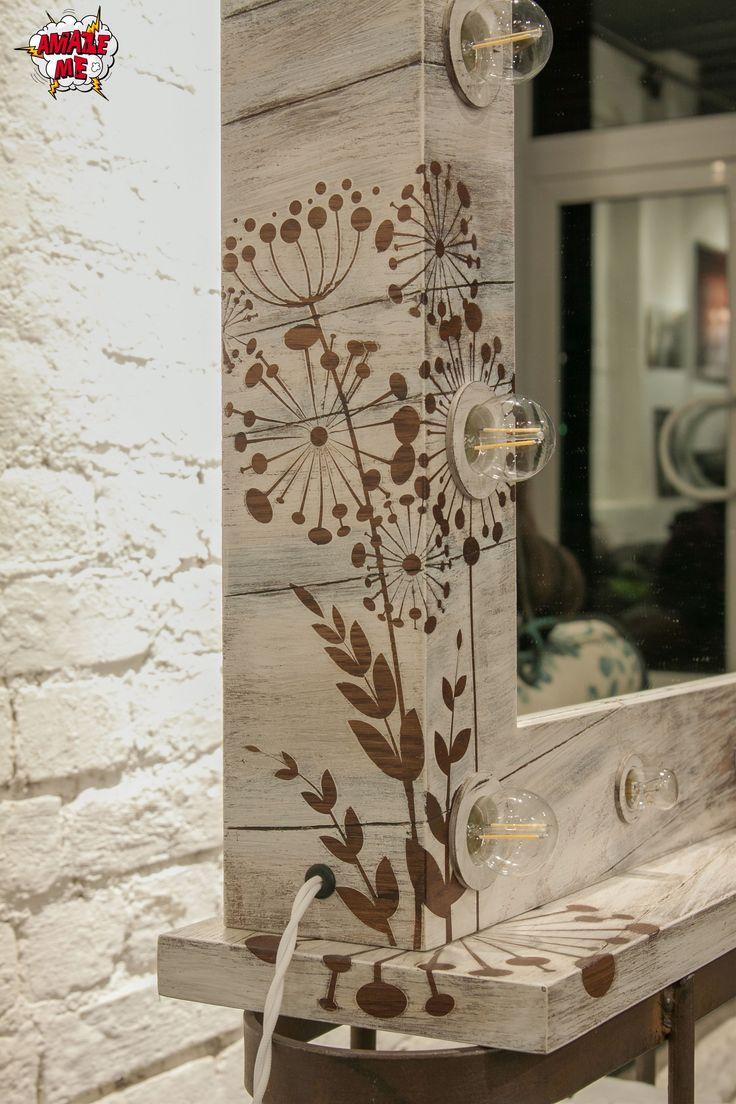 """Гримерное зеркало """"Scandinavian dreams"""", сохраняя верность традициям и эстетику стран северной Европы, объединило в себе все самое лучшее. Натуральная текстура дерева, выбеленные тона, простые и четкие линии сделали его настоящим представителем скандинавского дизайна. Заказать гримерное зеркало со свои уникальным дизайном можно на нашем сайте>>> http://rayapple.ru/mirror/  #ГримерноеЗеркало #зеркало #mirror #makeup #MakeupMirror #dressingroom"""