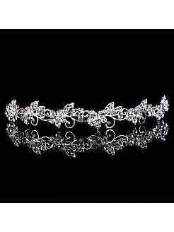 Tiare de mariage avec des perles et fleurs chez Topwedding