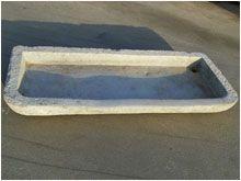 COD: L13\1 - Antico lavello in pietra di Viggiù EPOCA: 1800 - ORIGINALE DIMENSIONI: lunghezza cm 109 x profondità cm 49 x altezza cm 11 PREZZO: 597,80 € - compresa I.V.A.22%