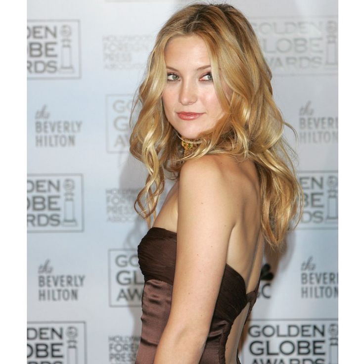 Kate Hudson smoulders at the 2005 Golden Globes.
