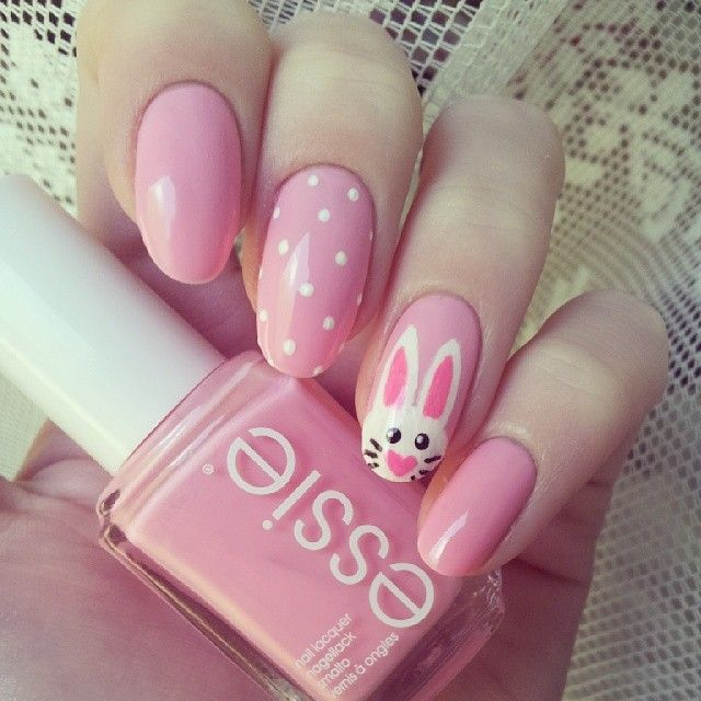 We love these cute and girly #Easter nails!