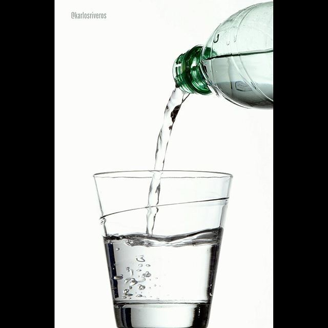 Agua #agua #water #photoshooting #photographer #photography #productshooting  #fotografia #foto #styling #lights #detalles #details #publicidad